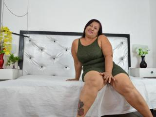 Picture of the sexy profile of DominiqueSweet, for a very hot webcam live show !