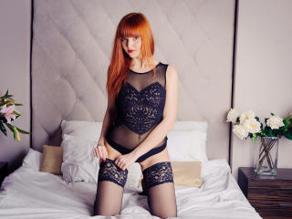 Picture of the sexy profile of GingerMary, for a very hot webcam live show !