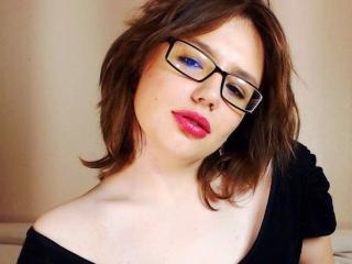Picture of the sexy profile of VersaViaJad, for a very hot webcam live show !