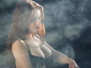 SaraBlacky - 在XloveCam?欣赏性爱视频和热辣性感表演