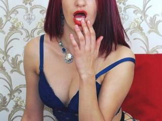 KabechaXKinky webcam strip tease