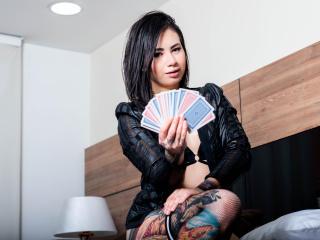 Foto de perfil sexy de la modelo AmelieFiquet, ?disfruta de un show webcam muy caliente!