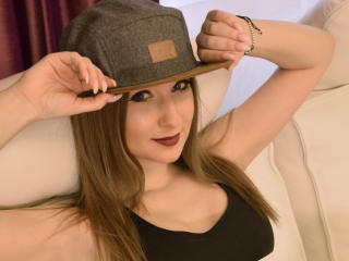 Фото секси-профайла модели AnastasyaVenus, веб-камера которой снимает очень горячие шоу в режиме реального времени!