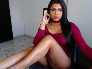 Photo de profil sexy du modèle AngelicaHotLove, pour un live show webcam très hot !