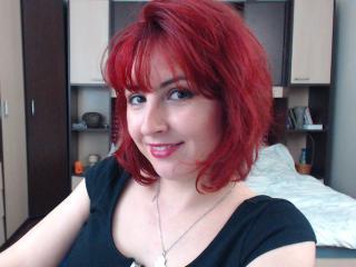 Model Cleoona'in seksi profil resmi, çok ateşli bir canlı webcam yayını sizi bekliyor!