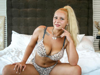 Picture of the sexy profile of DaphneFontaine, for a very hot webcam live show !