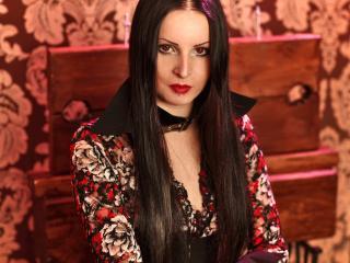 Photo de profil sexy du modèle EvilQueen, pour un live show webcam très hot !