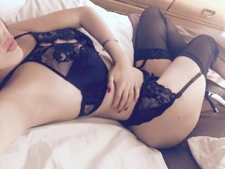 Velmi sexy fotografie sexy profilu modelky HotPamelaSex pro live show s webovou kamerou!