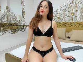 Hình ảnh đại diện sexy của người mẫu JackieBonnie để phục vụ một show webcam trực tuyến vô cùng nóng bỏng!