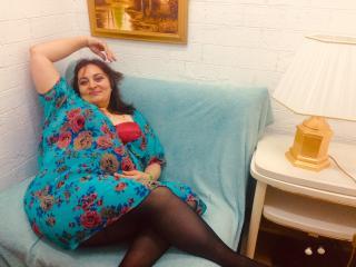 Фото секси-профайла модели JacquelineHole, веб-камера которой снимает очень горячие шоу в режиме реального времени!