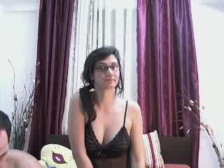 Picture of the sexy profile of JohnAndMarye, for a very hot webcam live show !