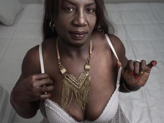 Foto van het sexy profiel van model KarlaBlake, voor een zeer geile live webcam show!
