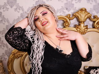 Photo de profil sexy du modèle KatlynWest, pour un live show webcam très hot !