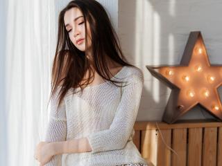 Model KindMolly'in seksi profil resmi, çok ateşli bir canlı webcam yayını sizi bekliyor!