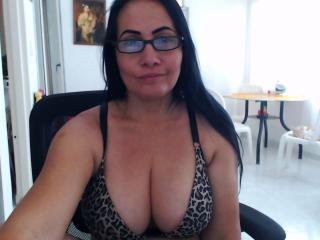 Photo de profil sexy du modèle LatinaMatureForAnal, pour un live show webcam très hot !
