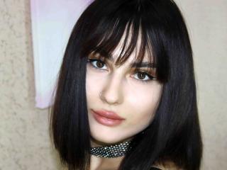 Hình ảnh đại diện sexy của người mẫu MatildaZ để phục vụ một show webcam trực tuyến vô cùng nóng bỏng!