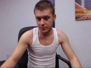 Picture of the sexy profile of SamuelHott, for a very hot webcam live show !