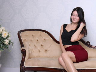 Photo de profil sexy du modèle SweetheartMilana, pour un live show webcam très hot !