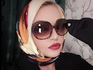 Model TashaVaoli'in seksi profil resmi, çok ateşli bir canlı webcam yayını sizi bekliyor!