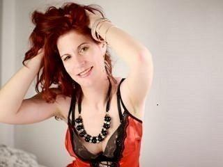 UnderMySpellK - Live cam sex with a European Hot chick