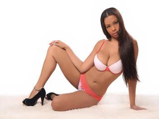 Foto de perfil sexy de la modelo WinnySweett, ¡disfruta de un show webcam muy caliente!
