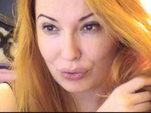 Photo de profil sexy du modèle DuchessXTina, pour un live show webcam très hot !