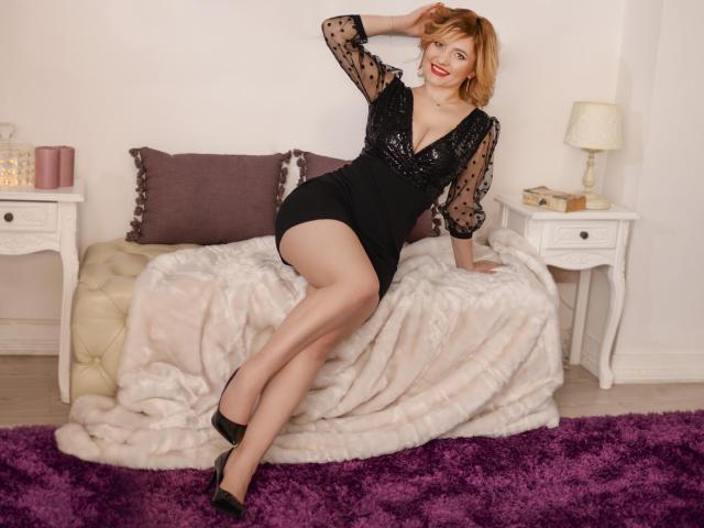 Foto de perfil sexy de la modelo LiannePonti, ¡disfruta de un show webcam muy caliente!