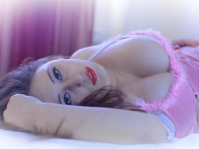Velmi sexy fotografie sexy profilu modelky RenattaRosse pro live show s webovou kamerou!
