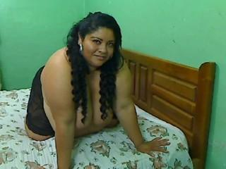 SamyGiantTits - Sexy live show with sex cam on XloveCam