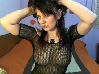 Sabrinna - Sexy live show with sex cam on XloveCam
