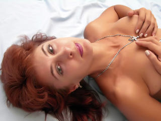 InellaStar - Sexy live show with sex cam on XloveCam®