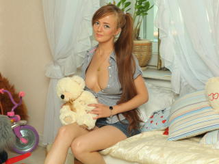 Meganie - Sexy live show with sex cam on XloveCam®