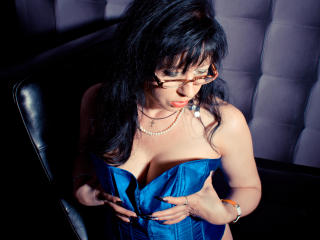 HotyKinkySquirt - Sexy live show with sex cam on XloveCam