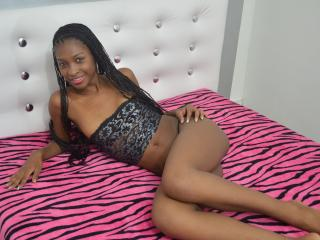 AliceLatina webcam live chat