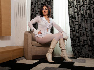 MatureAmelia - Sexy live show with sex cam on XloveCam