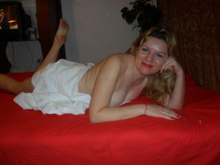 ChatteSublime - Video chat nude with this fair hair Lady