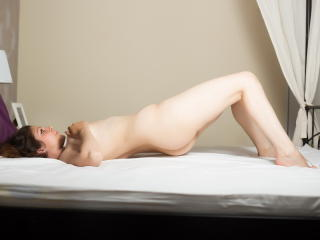 MariaSerenity - Sexy live show with sex cam on XloveCam
