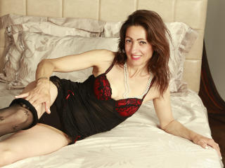 SpecialCerise - Sexy live show with sex cam on XloveCam