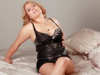 SweetHotBlonde - Sexy live show with sex cam on XloveCam