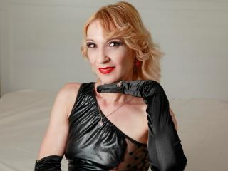 MaitresseGeorgette - Sexy live show with sex cam on XloveCam