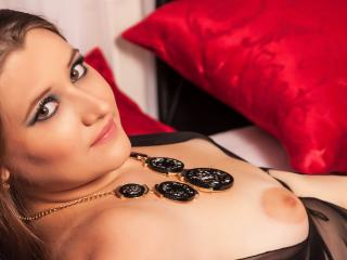 LovelyElizza - Sexy live show with sex cam on XloveCam