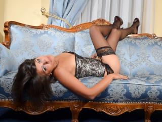 Adriele - Sexy live show with sex cam on XloveCam