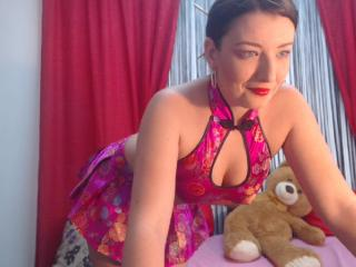 BelleFleure - Sexy live show with sex cam on XloveCam