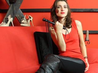 MistressTannya - Sexy live show with sex cam on XloveCam