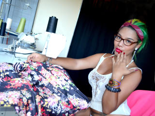 RACHELLX - Sexy live show with sex cam on XloveCam