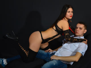 KeyshaXPeter - chat online hard with a reddish-brown hair Female and male couple