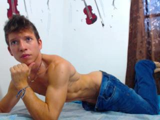 BoyLatinPerv - Sexy live show with sex cam on XloveCam