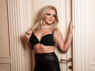 BonnieJ - Sexy live show with sex cam on XloveCam