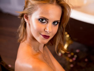GreatParis - Sexy live show with sex cam on XloveCam