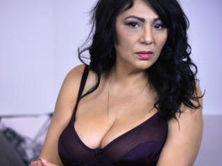 SxyVivian - Sexy live show with sex cam on XloveCam